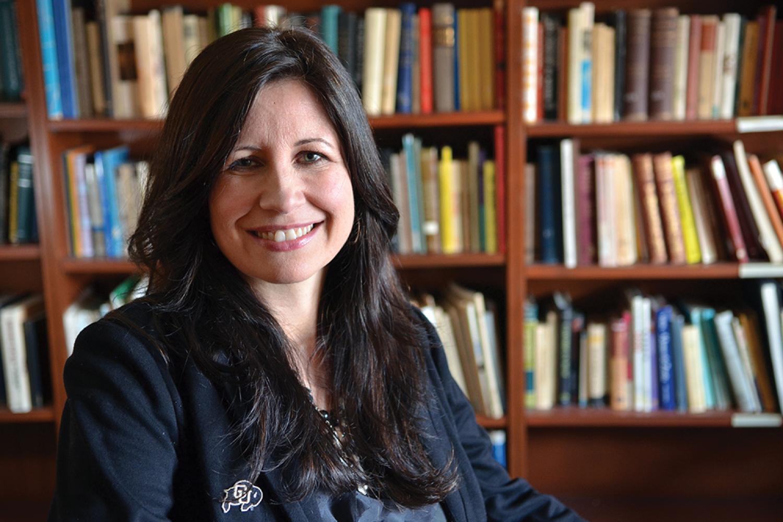 Lea Alavarado cu boulder career advisor