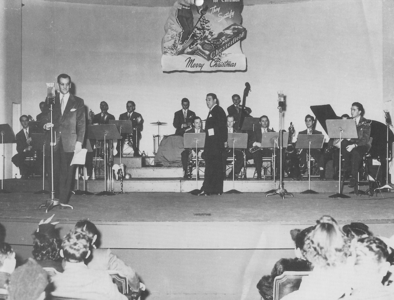 Chesterfield Moonlight Serenade, December 1940