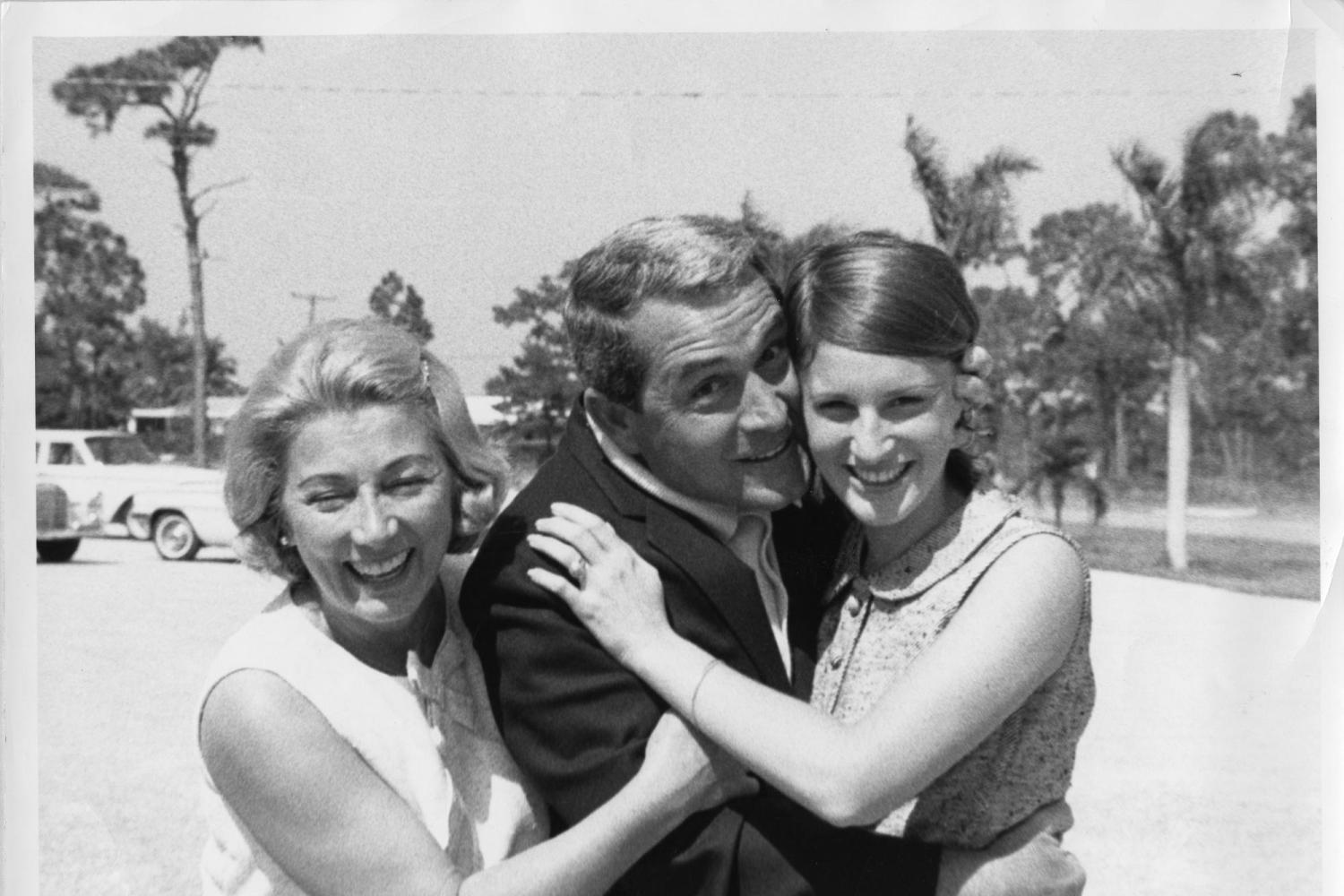 Perry Como and family
