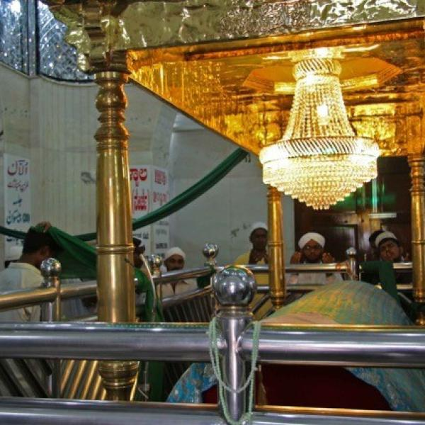 Dargah Sufi Madari