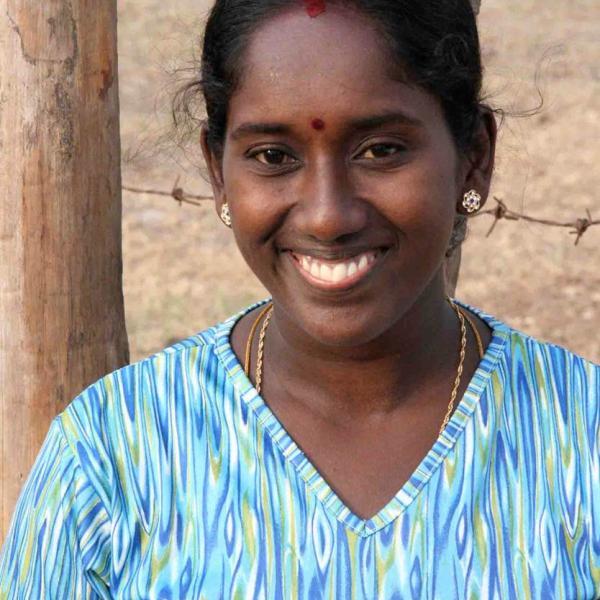 Akkaraipattu woman