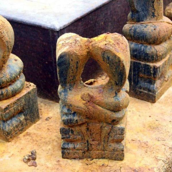 McGilvray herpetological love figurines