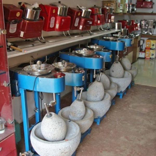 Wet grinders for food preparation