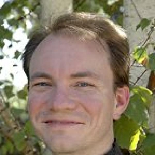 Headshot of Prof. Jeremy Darling