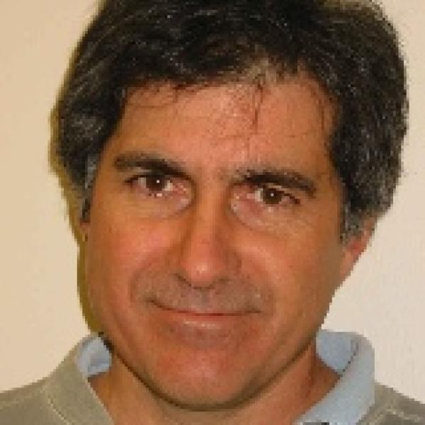 Headshot of Prof. Robert Ergun
