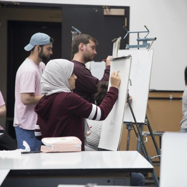 students in drawing course
