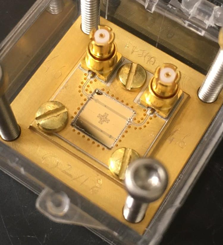 Special superconducting circuits used for quantum computing can help detectors sift through noise that might be hiding an axion signal. Kelly Backes, CC BY-ND