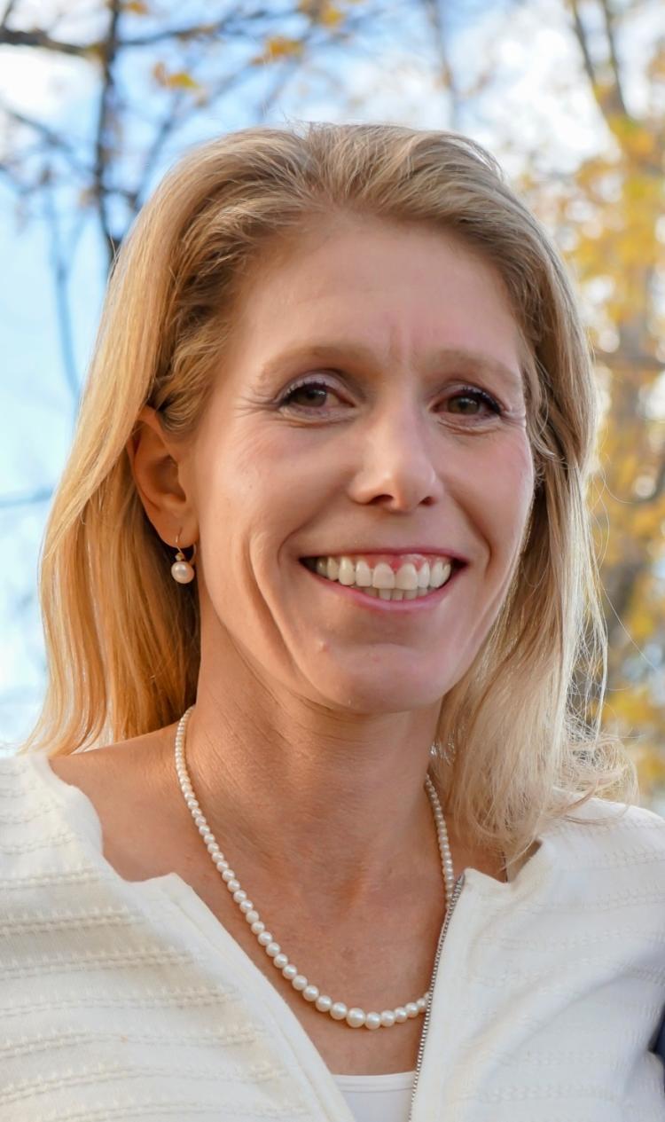 Katherine Suding