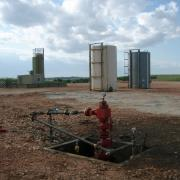 Well head after all the hydraulic fracturing equipment has been taken off location. Photo by Joshua Doubek, Wikimedia Commons