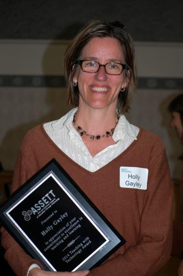 Gayley Receives 2013-2014 Teaching with Technology Award