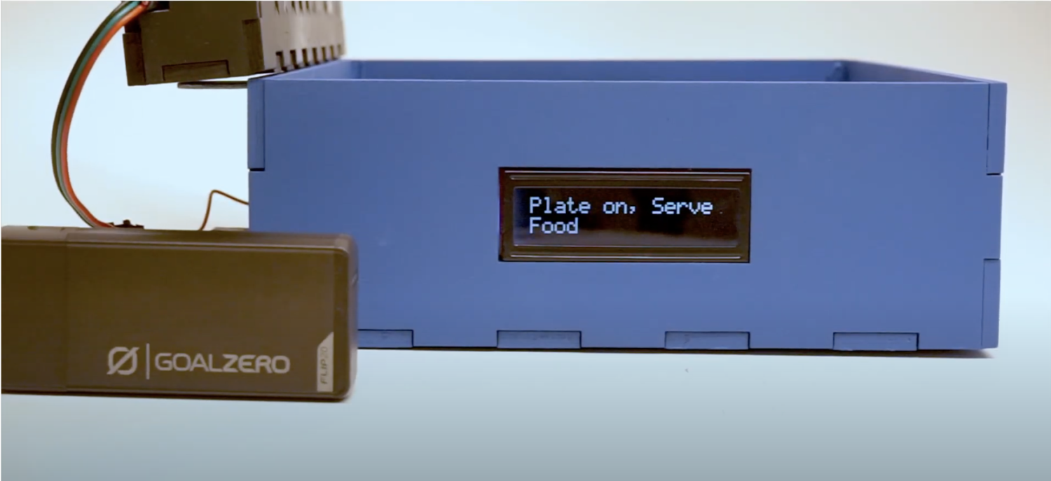 FlaVR Labs interactive eating plate