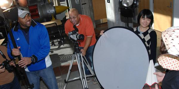 Journalism students on video shoot