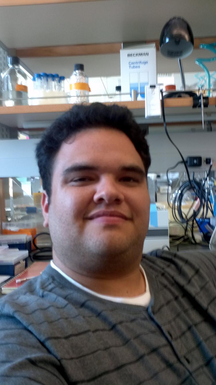 Carlos is beginning his second year in the IQ Biology graduate studies program this fall.