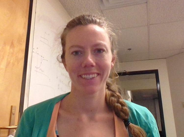 Jacqueline Wentz is a graduate student in the IQ Biology PhD Certificate Program at BioFrontiers.