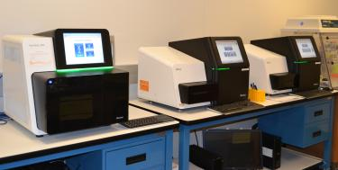 Sequencing machines