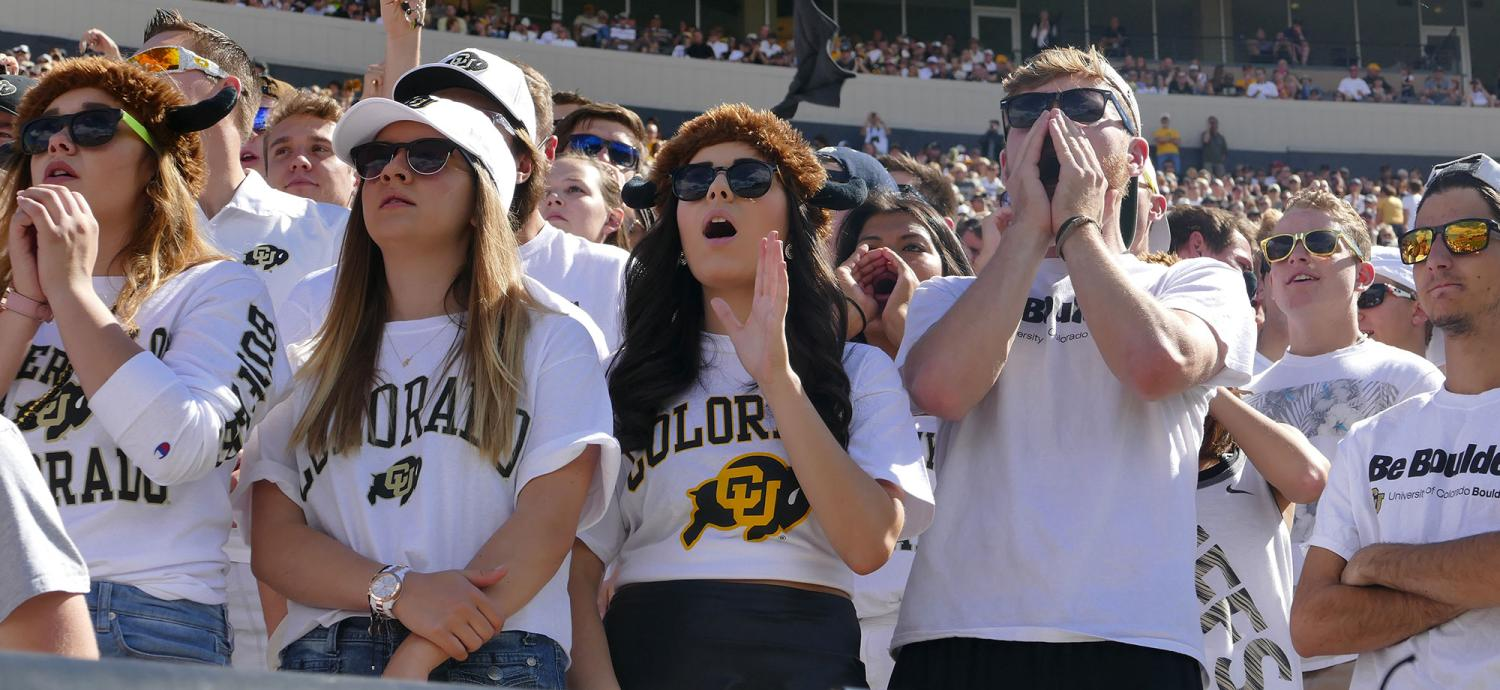 Students wearing CU Buffs t-shirts during family week