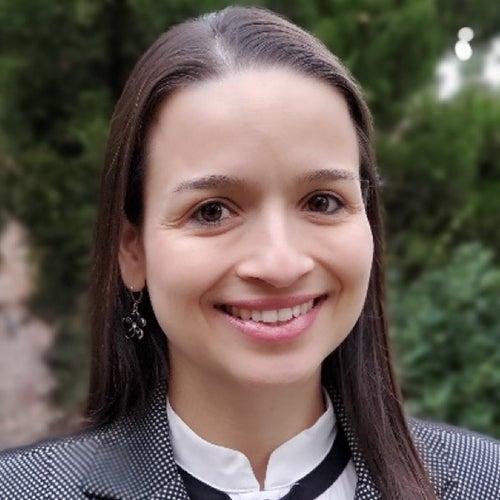 Gloria Urrea - headshot