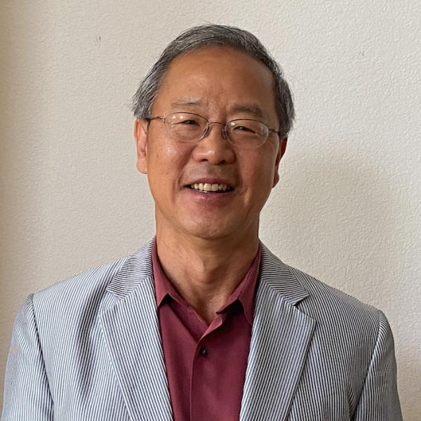 Jintae-Lee-Associate-Professor-Emeritus-Head-Shot