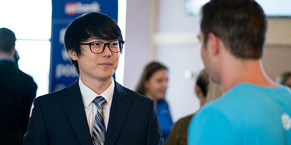 post_a_job_card_image-student-networking