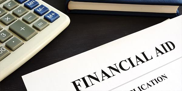 business student financial aid application