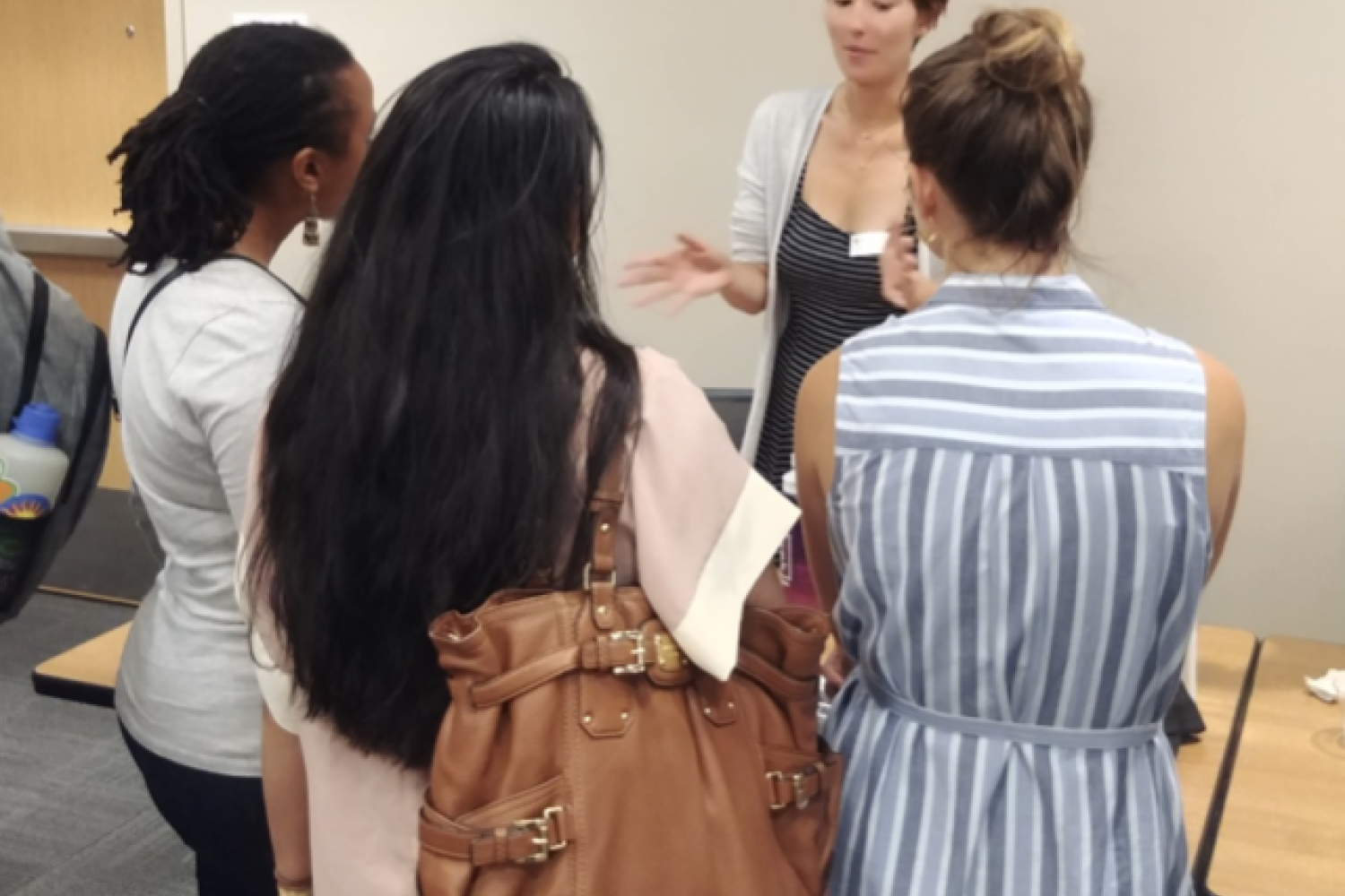 First-Year MBA students meeting with Second-Year MBA students to learn more about internships