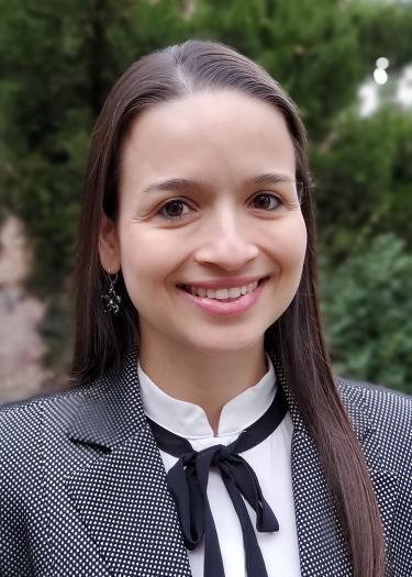 Gloria Urrea Wins Best Humanitarian Paper Award