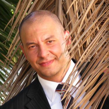 Antonio Papuzza Leeds School of Business Management