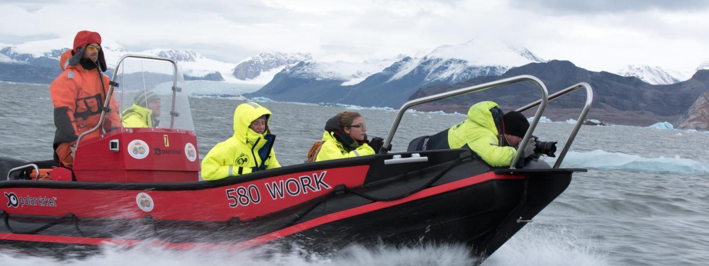 Svalbard boat photography