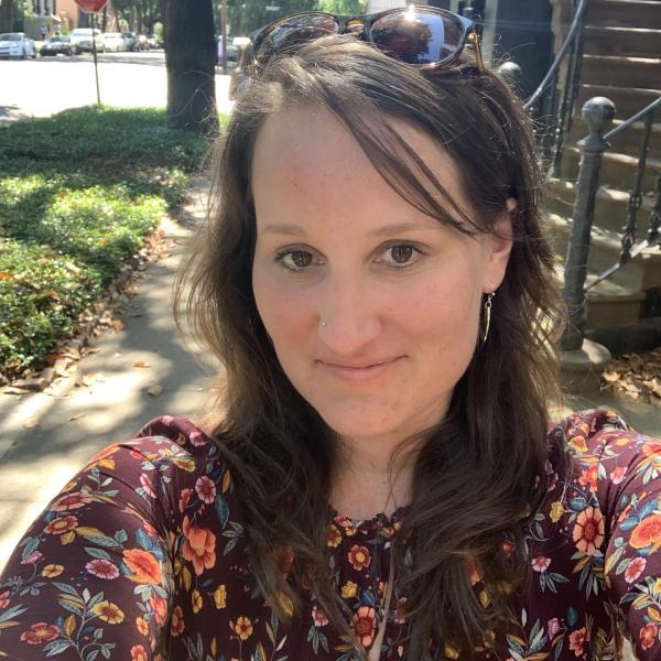 Emily Frazier-Rath Headshot
