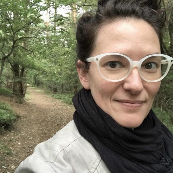 Maggie Rosenau Headshot