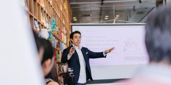 professor speaking to students