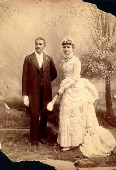 Charles and Willa Bruce on their wedding day.