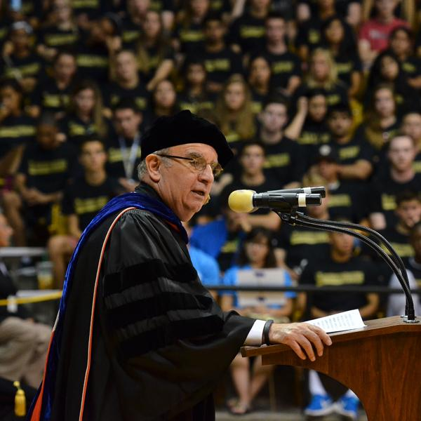 Chancellor Philp DiStefano addresses the students during the 2014 Freshman Convocation