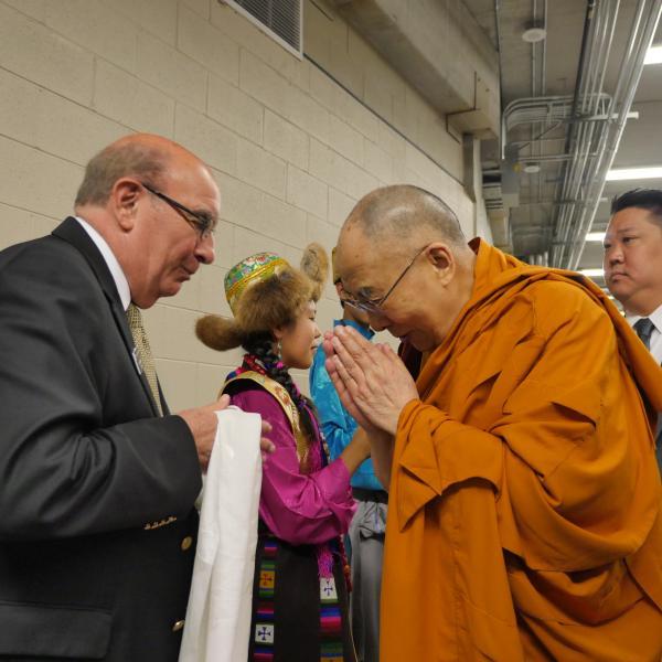 Chancellor Philip DiStefano greets the Dalai Lama at CU-Boulder on June 23, 2016