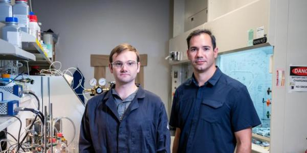 Brian Robb and Professor Michael Marshakin chemistry lab