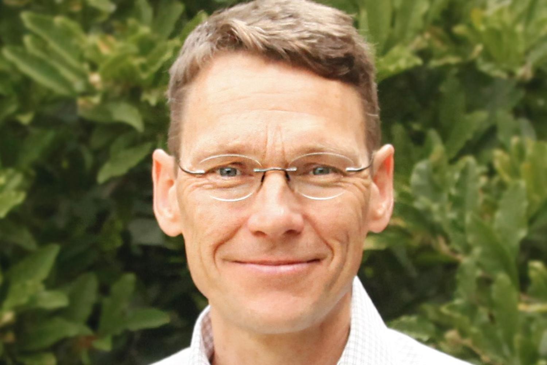 Professor de Gouw