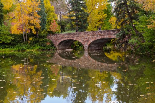 Fall view of Varsity Pond bridge at CU