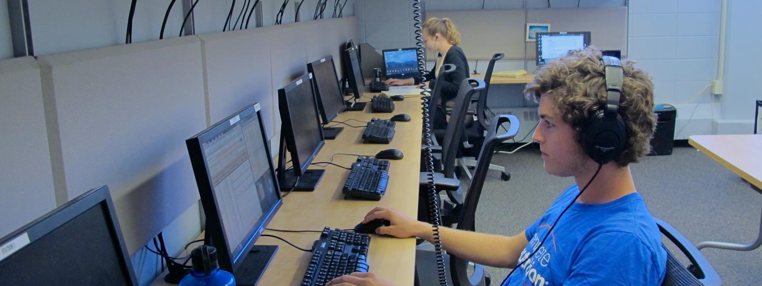 Students working on computer in the lab