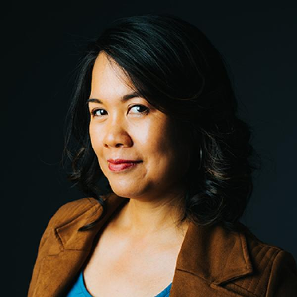 Angie Chuang Headshot