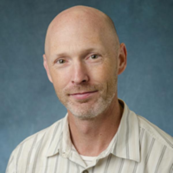 Tim Kuhn