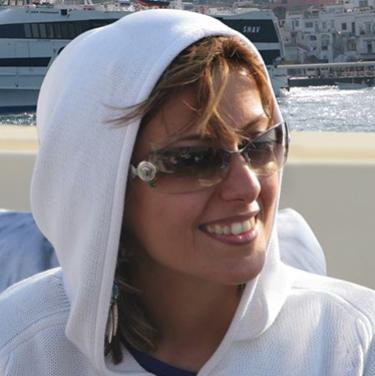 Parisa Tashakori headshot