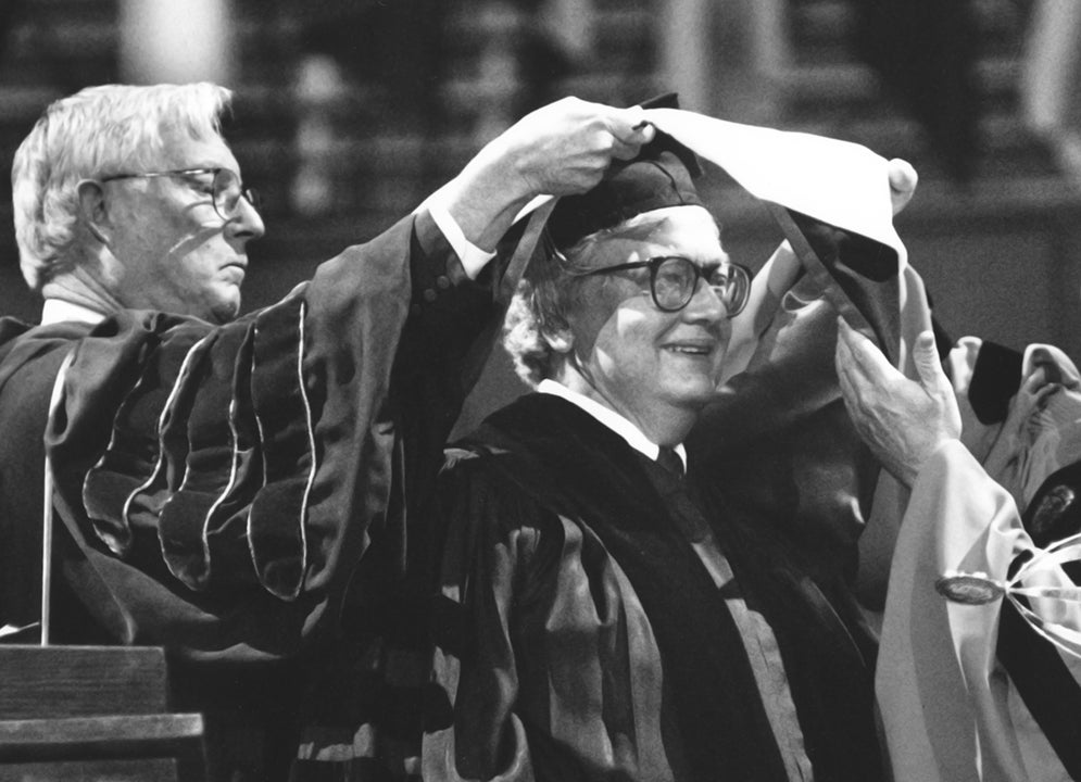 Roger Ebert receives honorary degree