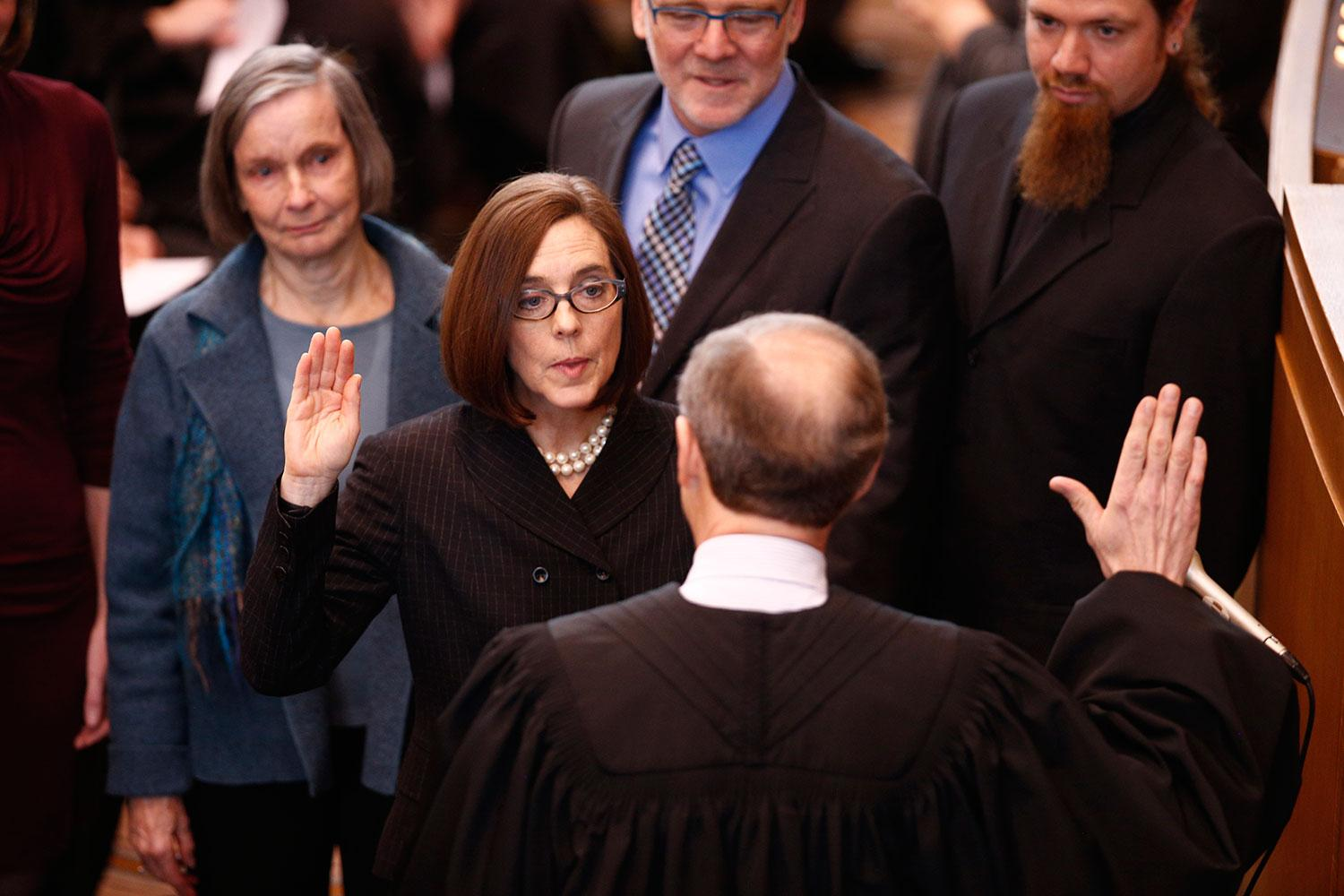 Kate Brown being sworn in as Governor or Oregon