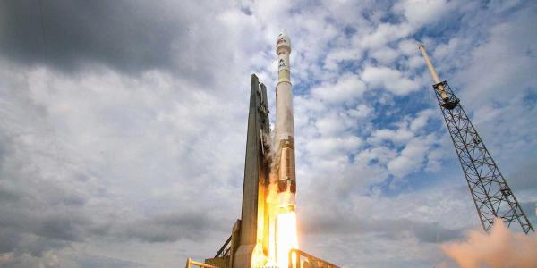 TheAtlas VMAVEN spacecraft launches from Cape Canaveral Air Force Station