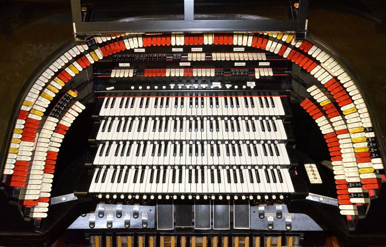 theater pipe organ