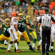 Packers play Browns, Crosby kicks