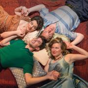 Members of the cast of Così fan tutte