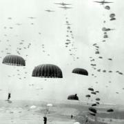 soldiers parachuting