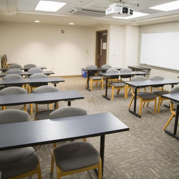 Small residence hall classroom with move-able tables