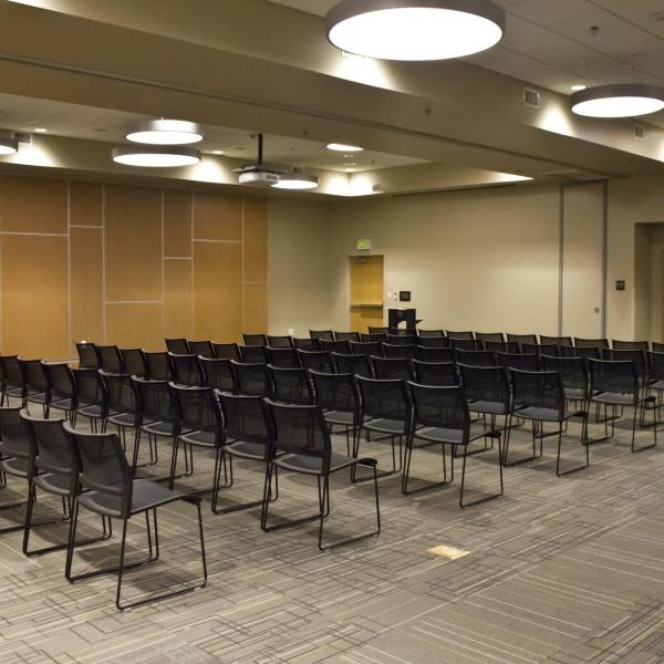 Large meeting space in Kittredge Central Hall with SMART capabilities, room separators
